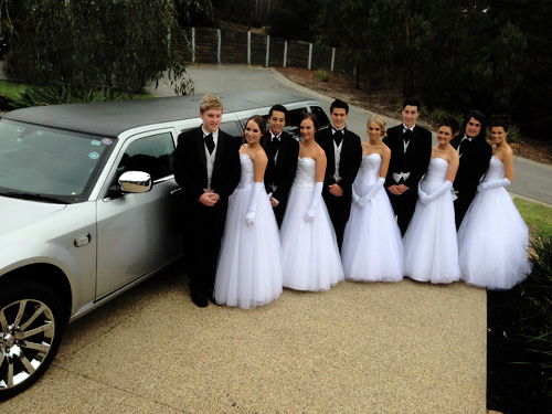 500 x 375 mylimo melbourne debutante limousine and hummer hire
