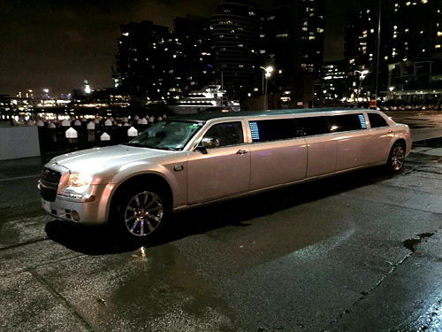 500 x 375 Mylimo - Stretch limousine hire Melbourne